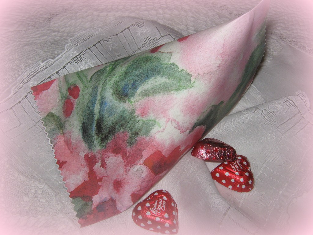 paper gift holder geraniums